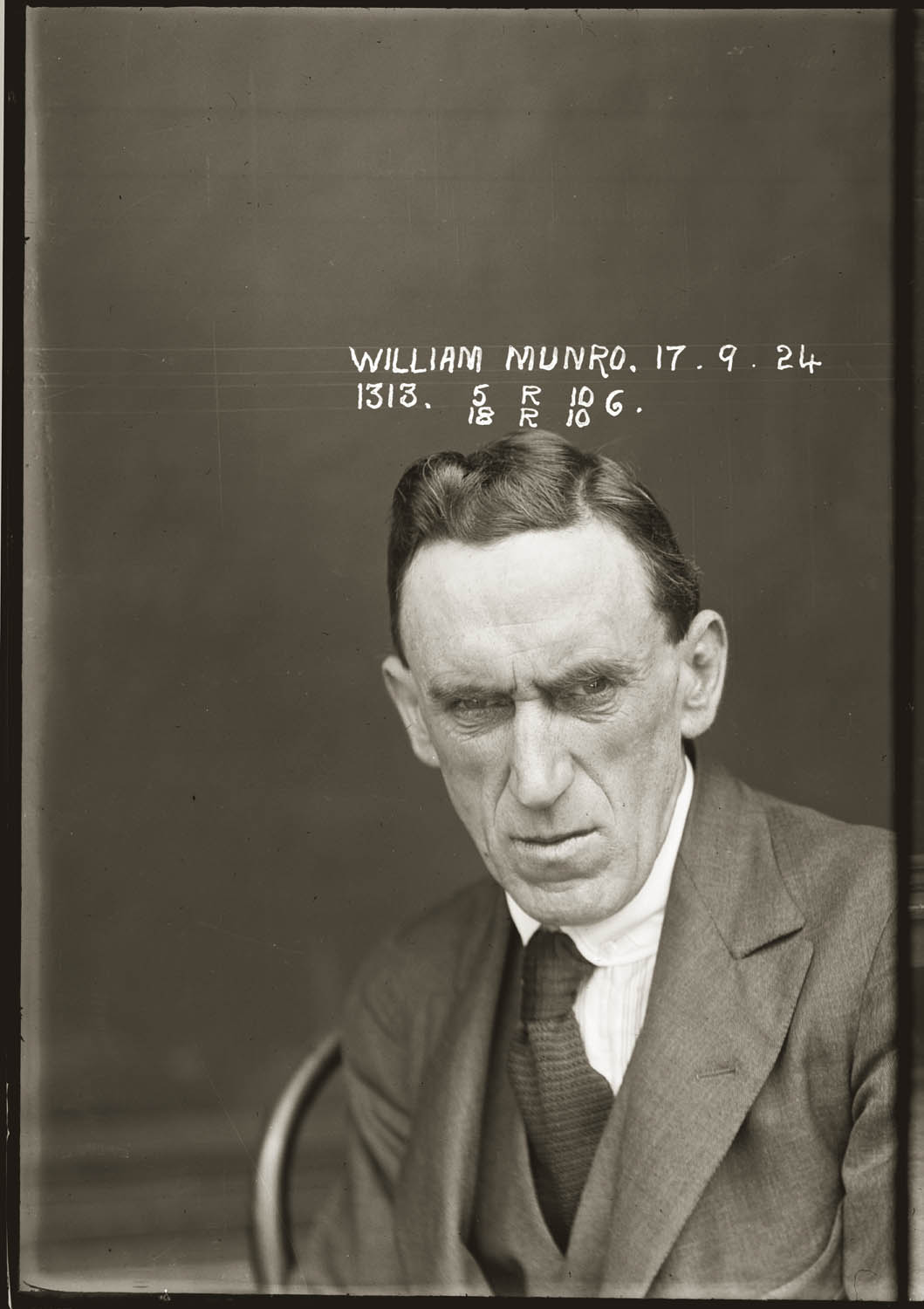 Mug shot of William Munro, 17 September 1924, Central Police Station, Sydney.