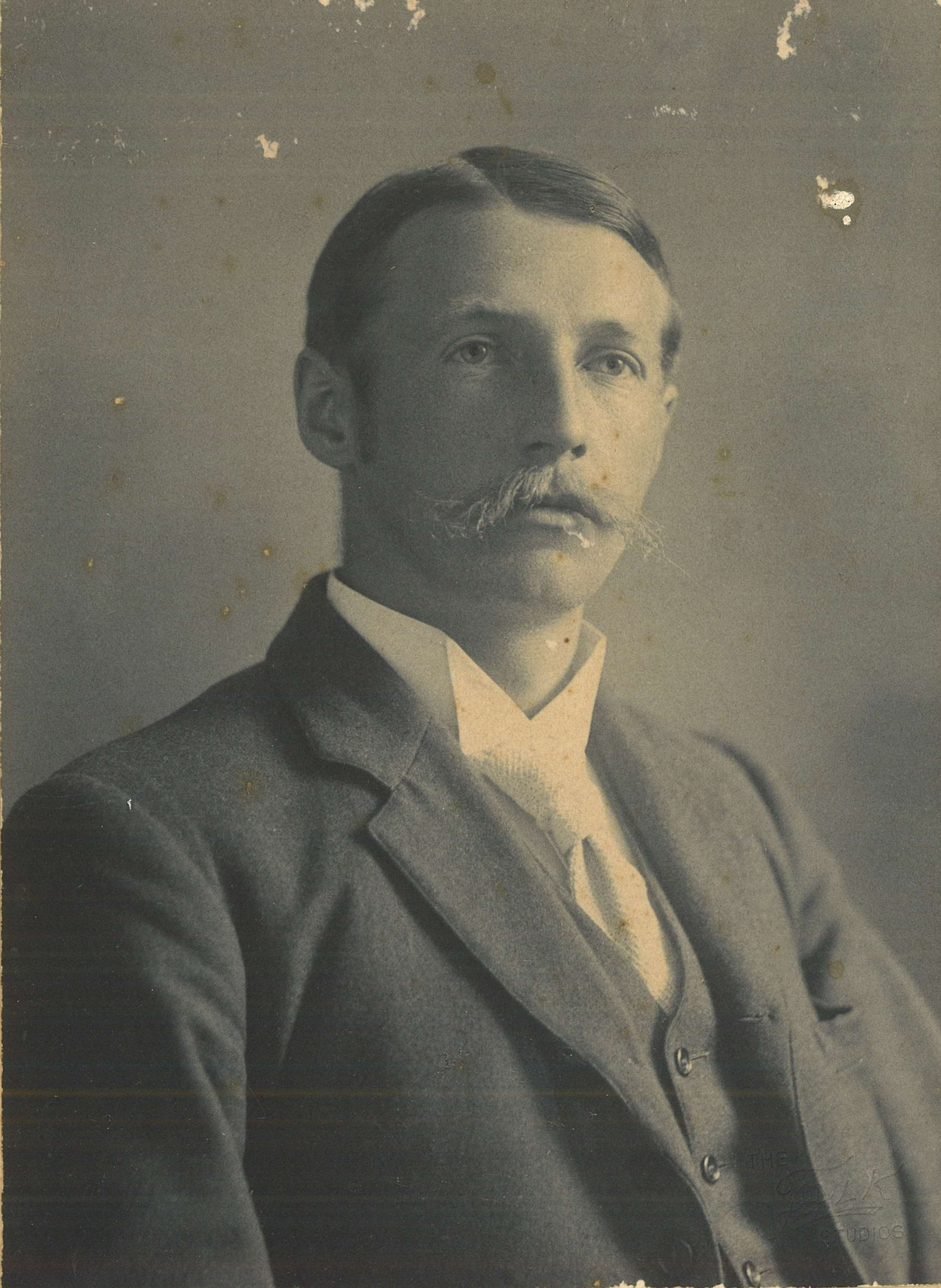 William Quinton Mason, around 1898 / Falk Studios
